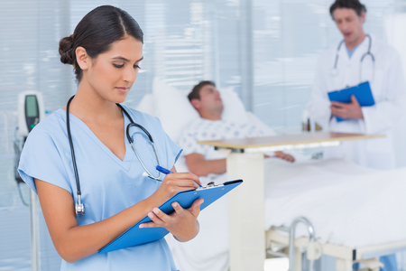 Copyright: <a href='https://www.123rf.com/profile_wavebreakmediamicro'>wavebreakmediamicro / 123RF Stock Photo</a><br /> 44777208_s - In patient care
